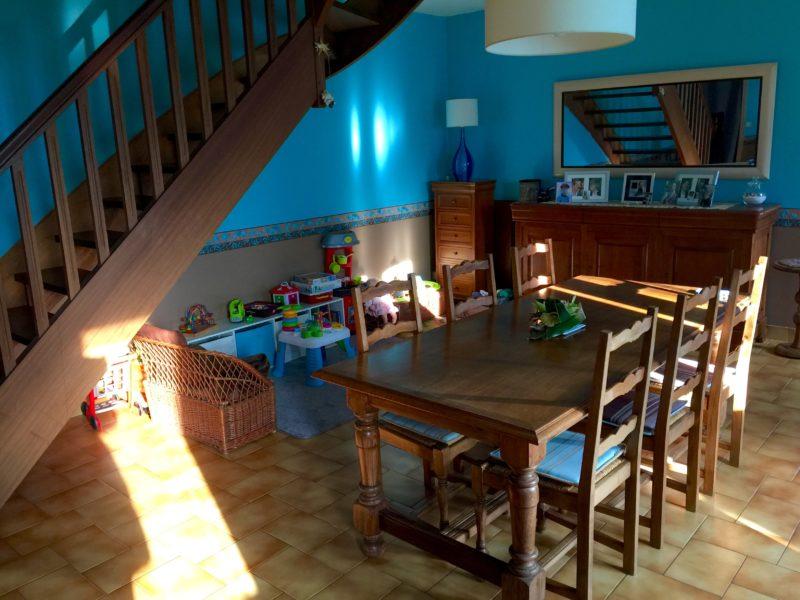 salon-escalier-avant