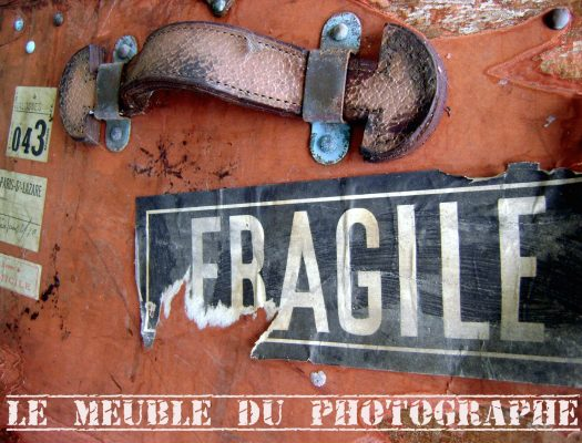 Malle Fragile- le meuble du photographe