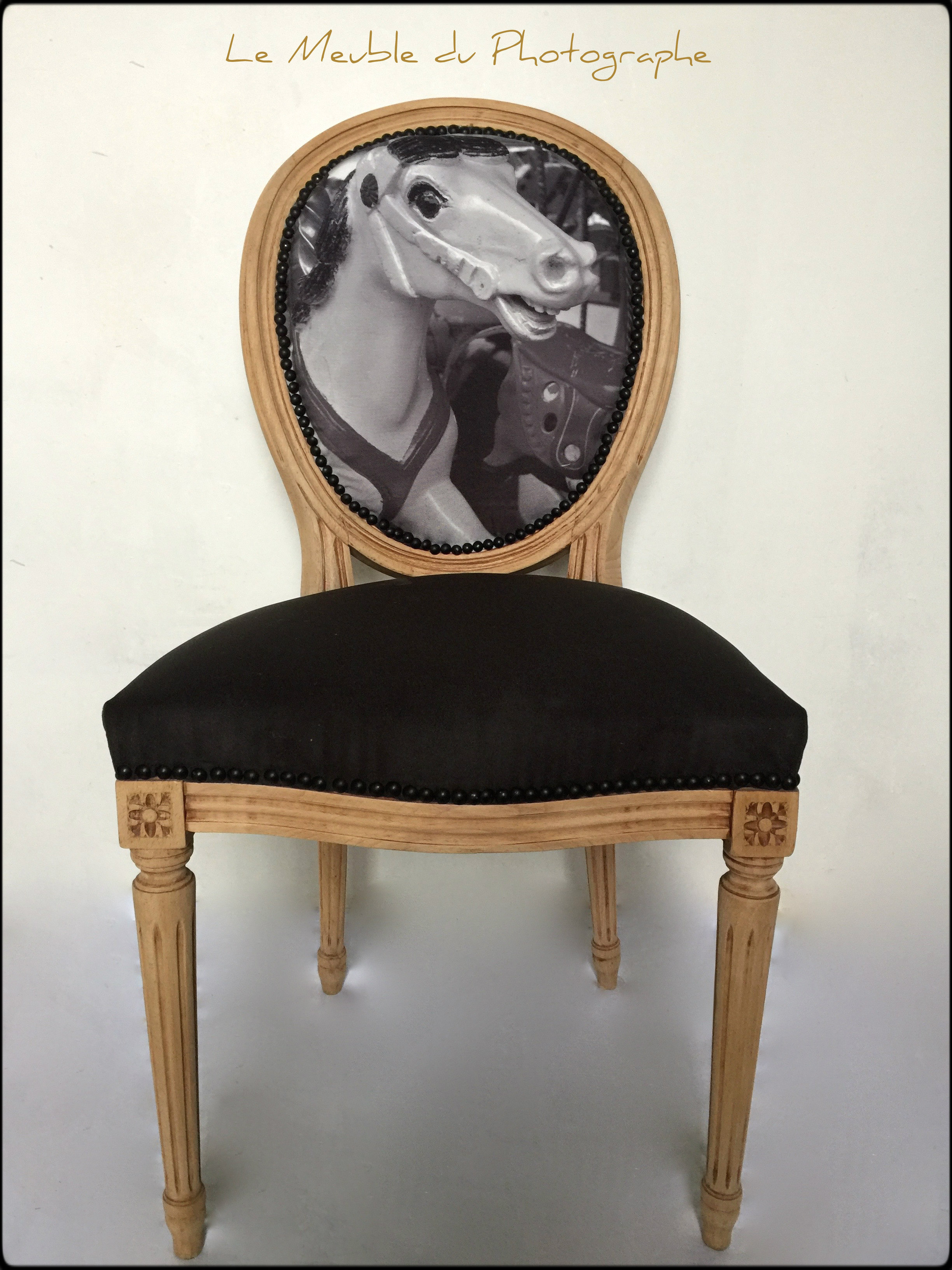 Chaise m daillon originale avec impression photo noir et for Le meuble du photographe