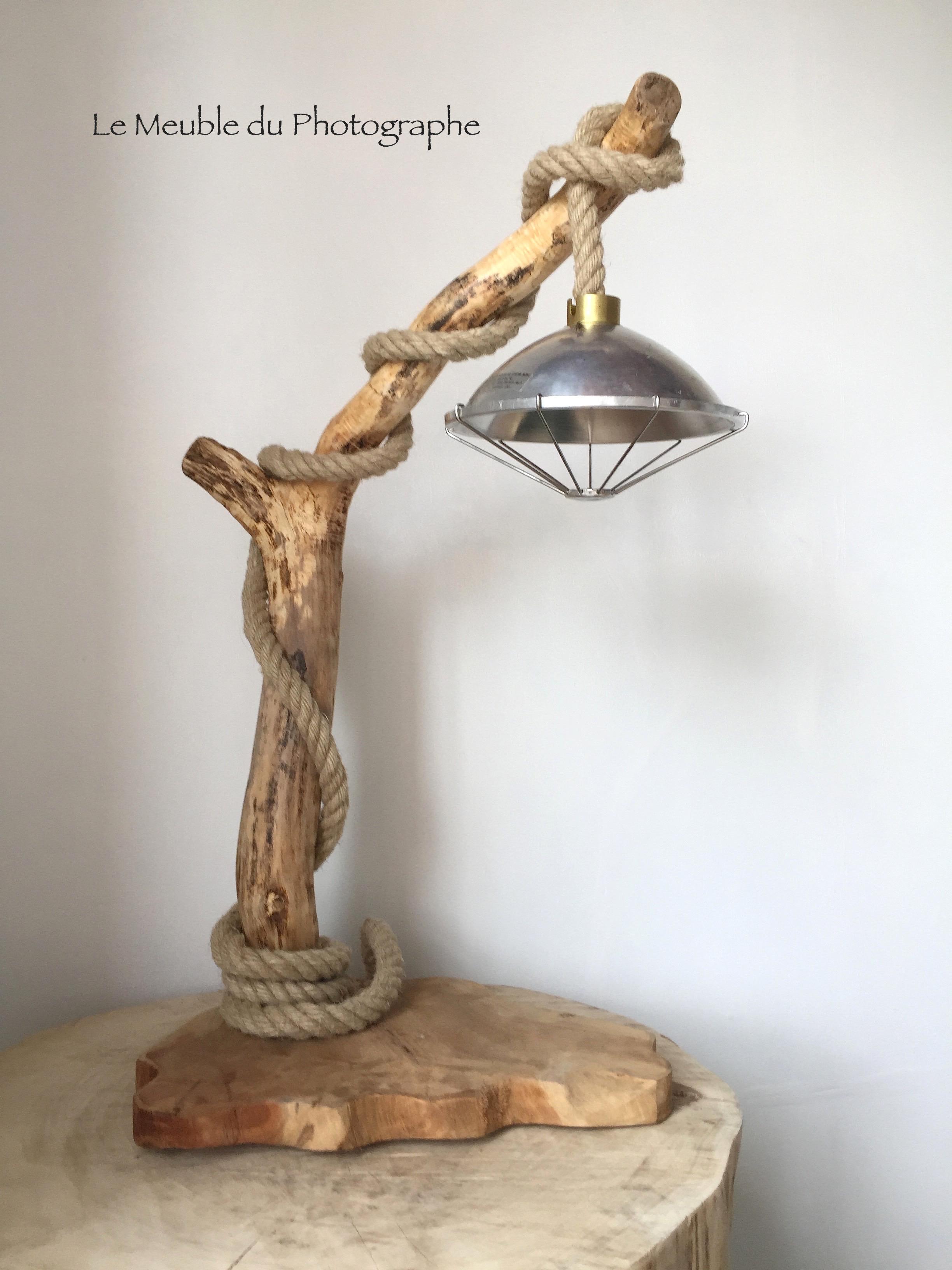 Grande Lampe A Poser En Bois Flotte 80cm Le Meuble Du Photographe